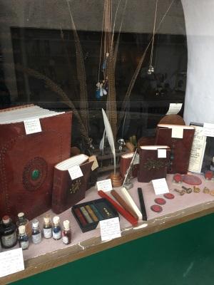 Blog store window